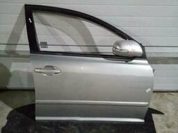 Дверь передняя правая на Toyota Avensis 2 поколение (T250) [рестайлинг]