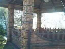 Беседка бетонная с металлической крышей