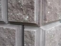 Блок угловой бетонный колотый с трёх сторон для столбов - фото 2
