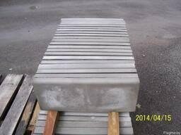 Бордюр тротуарный 50-4 см. Крышки на забор.