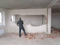 Демонтаж стен, перекрытий и ветхих зданий.