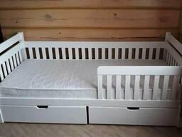 Детская кровать с двумя нишами из массива Джованни