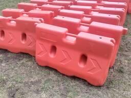 Водоналивные блоки (дорожные барьеры)