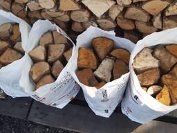 Дрова сухие колотые берёза-ольха-осина в сетках для мангала и камина