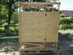 Душ «Лето» для дачи, летняя душевая кабина из дерева с баком