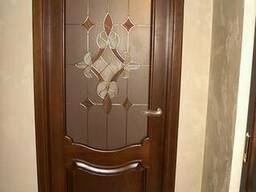 Двери из массива ольхи и сосны