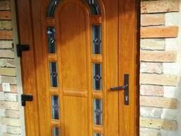 Двери ПВХ с декоративной панелью от производителя