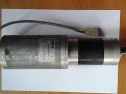 Двигатель с редуктором для регулировки подбарабанья зерноуб-го комбайна CF-80, Лида-1600