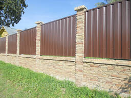 Двухсторонний бетонный забор комб. с металлопрофилем