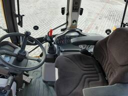 Экскаватор-погрузчик Volvo BL71B, 2012г. в. - фото 4