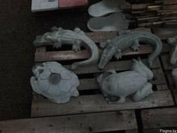 Фигуры животных садовые из бетона.