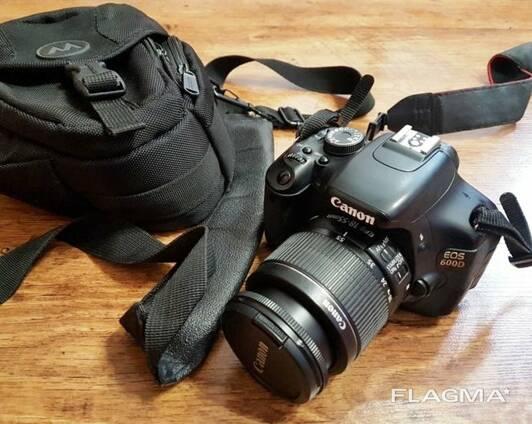 Фотоаппарат зеркальный Canon EOS 600D Kit 18-55mm IS II с объективом.