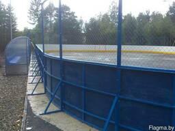 Хоккейный борт с ограждением