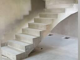 Изготавливаем монолитно бетонные лестницы в Минске и Минской области.