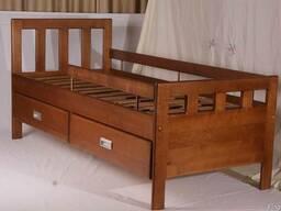 Изготовление кроватей из массива дерева