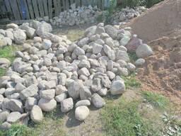 Камень полевой