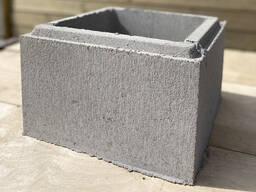 Камень столбовой гладкий
