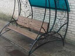 Кованная садовая качеля