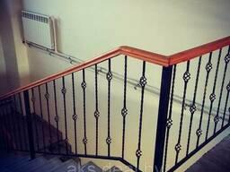Кованые перила для лестниц. Лестницы и перила кованые. .. .