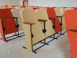 Театральное кресло на металлическом каркасе Темпо