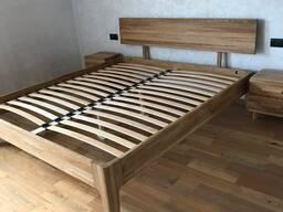 Кровать, комод, тумбочка массив дуба спальня