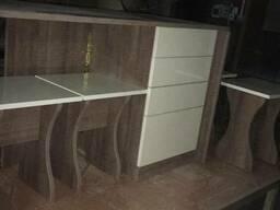 Кухонный набор тумба стол 4 табурета