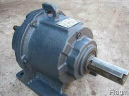 Куплю Мотор редуктор 1МП2-40-56