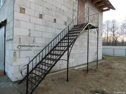Лестница металлическая наружная - фото 2