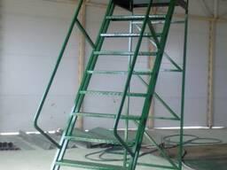 Лестница складская передвижная