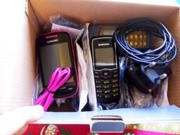 Мобильные телефоны одним лотом