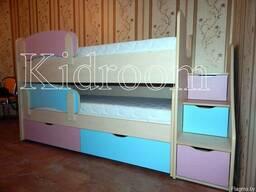 Набор корпусной мебели: выдвижная кровать, стеллаж, шкаф