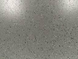 Наливной полиуретановый пол Цемезит УР террацо