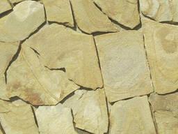 Натуральный камень – ПЕСЧАНИК (1,5см) желто-коричневый с разводами
