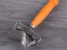 Нож для нарезки теста