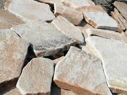 Песчаник бело-рыжий галтованый 3 см.
