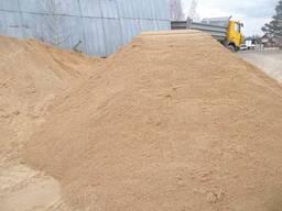 Песок сеянный 20т.