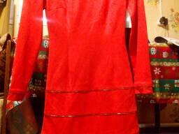 Платье женское демисезонное красное на молнии