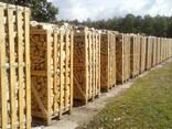 Поддоны деревянные , дрова колотые в контейнерах и корзинках - фото 3