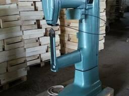Полуавтоматический станок Corali для сшивание шоновых ящиков