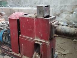 Пресс шнековый для производства топливных брикетов Pini-kay