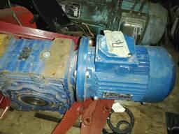 Привод (мотор-редуктор) MRV