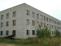 Продаётся 3-х этажное здание с подвалом общей площадью 3500