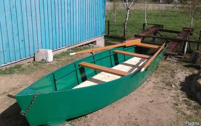 Производим металлические лодки