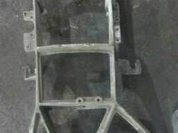 Рамка фары левой ДАФ ХФ 105