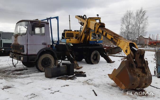 Разборка экскаватор-планировщик ЭО-3532 на запчасти