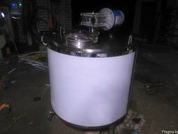 Реактор, смеситель с перемешивающим устройством из н/ж стали