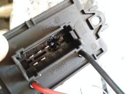 Резистор вентилятора отопителя Renault Megane II (02-09) VALEO 509536 (7701207717).