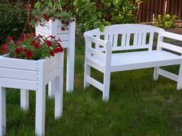 Садовая мебель из массива дерева Лавки, столы, кресла.