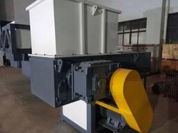 Шредер однороторный, 22 кВт с гидравлической плитой
