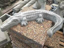 """Скульптура из бетона """" Крокодил 3"""" большой"""